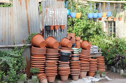 Selection of containers for gardening